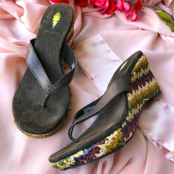 Volatile Boho Thong Wedge Sandals Size 7